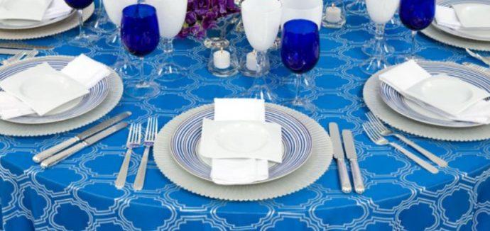 arkadas-davetlerinde-masa-dekorasyonu